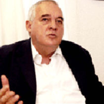 Julio Labastida